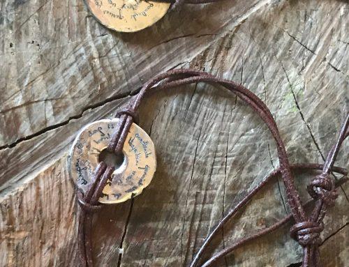 Zilveren hanger en armband met eigen tekst